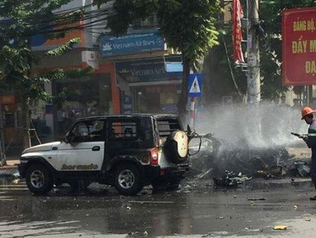 Vu no taxi o Quang Ninh: Khach di xe om min tu sat vi chan nan - Anh 3