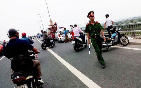 Vu 'cong an gat tay': 'Bo truong phai xu ly cong bang' - Anh 1