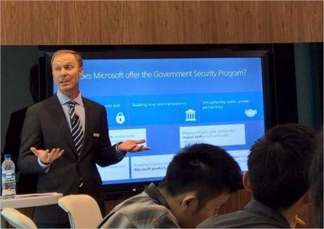 Microsoft ra mat Trung tam Phong chong toi pham mang tai chau A - TBD - Anh 1