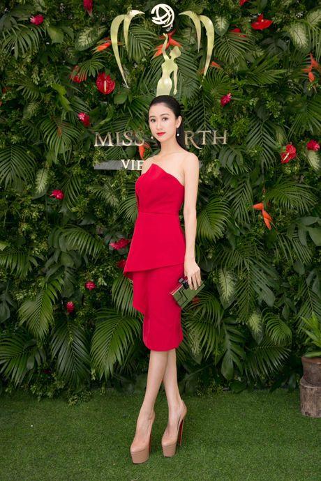 Nam Em tiet lo phan thi tai nang tai Hoa hau Trai dat 2016 - Anh 2