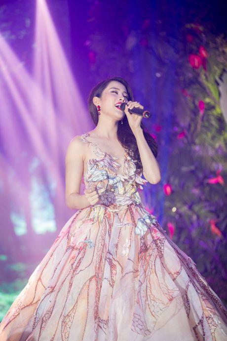 Nam Em tiet lo phan thi tai nang tai Hoa hau Trai dat 2016 - Anh 7