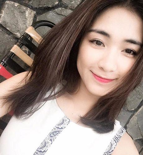 Chia tay Cong Phuong, Hoa Minzy lo anh nhay cam dong tinh - Anh 6