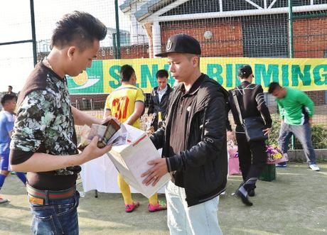 CDV SLNA tai Anh ung ho gan 150 trieu cho 'Quy tu thien SLNA' - Anh 1