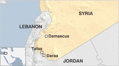 Quan doi Syria phuc kich diet thu linh phe noi day - Anh 1