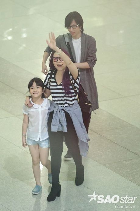 My Tam hon ho ve nuoc, hanh phuc trong vong tay fan sau chuyen luu dien tai My - Anh 5