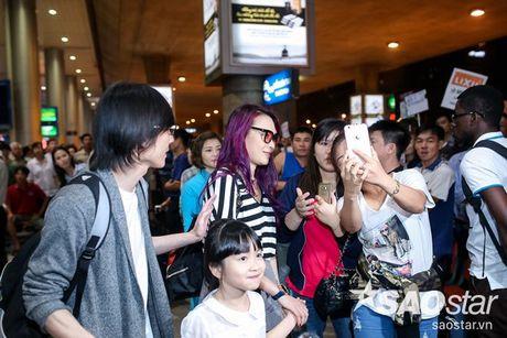 My Tam hon ho ve nuoc, hanh phuc trong vong tay fan sau chuyen luu dien tai My - Anh 9