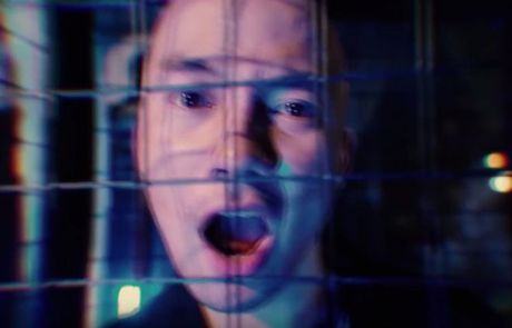 Rapper Tien Dat bat ngo tung teaser MV sau on ao nghi an tinh cam - Anh 1