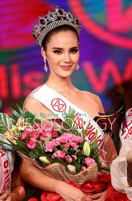 Nguoi dep 22 tuoi dang quang Hoa hau the gioi Philippines - Anh 2