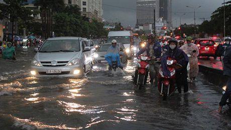 Uber gap phien phuc voi quang cao 'Sai Gon that thu' - Anh 1