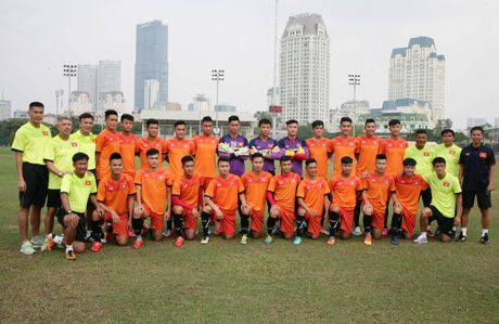 HLV Hoang Anh Tuan: Diem manh cua U19 Viet Nam la... tinh than - Anh 3