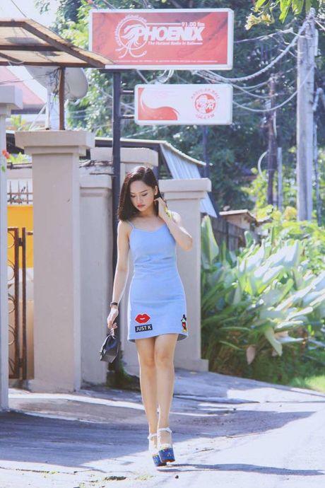 Sao Viet phai long vay ao hoa tiet theu - Anh 11