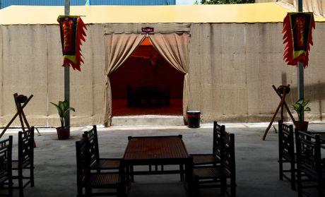 Nha hang phong cach Tam Quoc Chi o Sai Gon - Anh 2