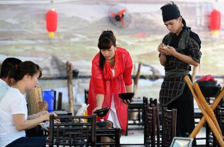 Nha hang phong cach Tam Quoc Chi o Sai Gon - Anh 6