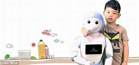 Tranh cai quanh iPal – robot thong minh cham soc tre nho - Anh 1