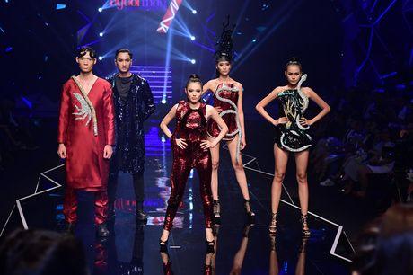 Nhung khoanh khac kho quen dem chung ket Top Model 2016 - Anh 7
