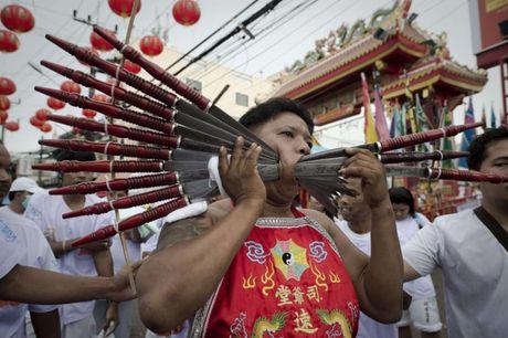Le hoi an chay kinh di nhat Thai Lan khong danh cho nguoi yeu tim - Anh 17