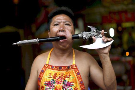 Le hoi an chay kinh di nhat Thai Lan khong danh cho nguoi yeu tim - Anh 1