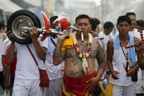 Le hoi an chay kinh di nhat Thai Lan khong danh cho nguoi yeu tim - Anh 8