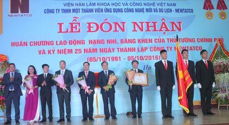 Newtatco don nhan Huan chuong Lao dong hang Nhi - Anh 1
