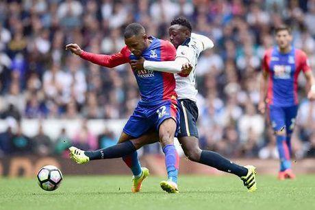 Vua sang tao Premier League: Oezil, De Bruyne kem cai ten vo danh - Anh 1