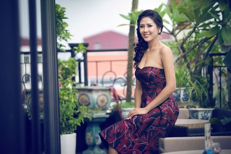 Nguyen Loan khoe ve sexy truoc ngay sang My thi hoa hau - Anh 11