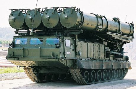 Khiep so ten lua S-300 Nga trien khai toi Syria - Anh 14