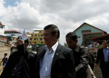 Campuchia: Lanh dao dang doi lap lo dien sau 5 thang lanh nan - Anh 1