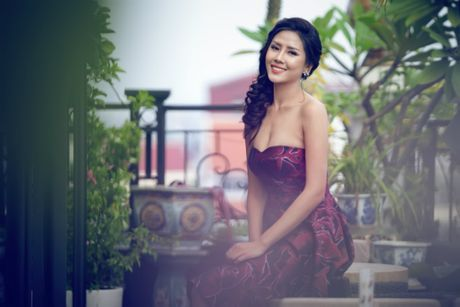 Nguyen Thi Loan 'goi cam chet nguoi' truoc khi thi Miss Grand International - Anh 2