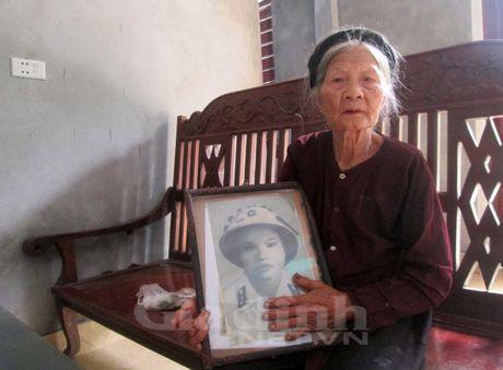 Huyen thoai ve 10 bong hoa thep tren vung dat Lam Ha anh hung - Anh 2
