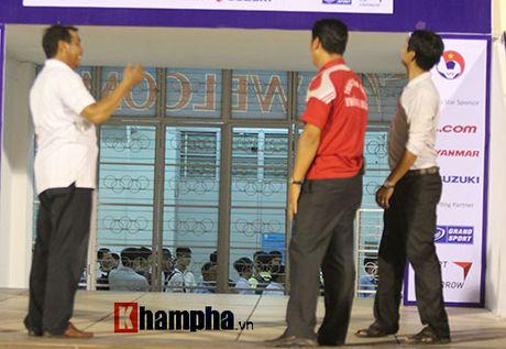 "Trieu Tien ""giau bai"" o buoi tap truoc tran gap DT Viet Nam - Anh 6"