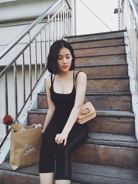 Ban gai moi Tien Dat so huu do hieu hang ty dong - Anh 3