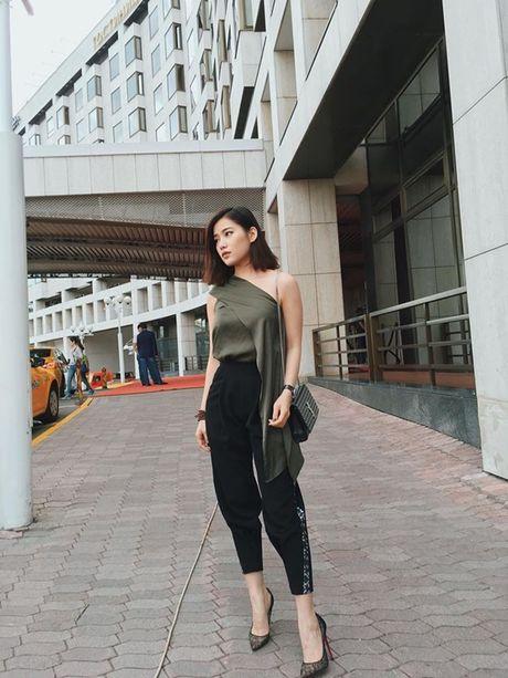 Ban gai moi Tien Dat so huu do hieu hang ty dong - Anh 6