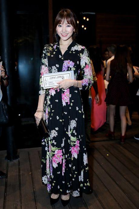 Ho Ngoc Ha lien tuc treu choc dan chi Thanh Ha - Anh 18