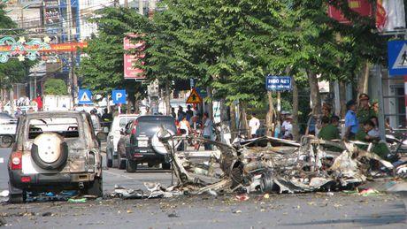 Tai xe chet oan o Quang Ninh: 'Bo chau di sua ti vi chua ve' - Anh 1