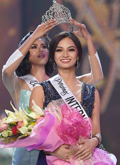 Nhan sac 8 hoa hau cua Philippines nam 2016 - Anh 4