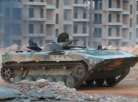 Bi trung khong kich, thu linh cap cao al-Nusra Front thiet mang o Syria - Anh 1