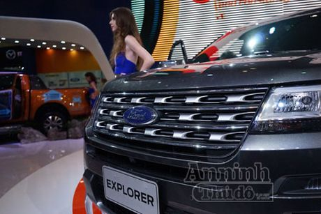 Ford Explorer 2017 trinh lang thi truong Viet Nam, gia 2,18 ty dong - Anh 3