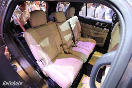 Ford Explorer 2017 ra mat khach hang Viet, gia tu 2,18 ty dong - Anh 7