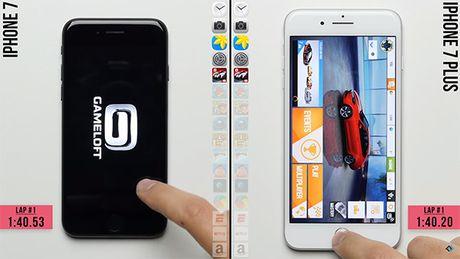 iPhone 7 dua voi 7 Plus: thua vi it hon 1GB RAM - Anh 1