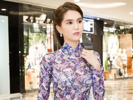 Ngoc Trinh cung dan my nhan Viet hoa than thanh quy co Sai Gon xua - Anh 1