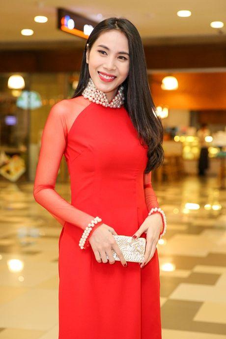 Ngoc Trinh cung dan my nhan Viet hoa than thanh quy co Sai Gon xua - Anh 5