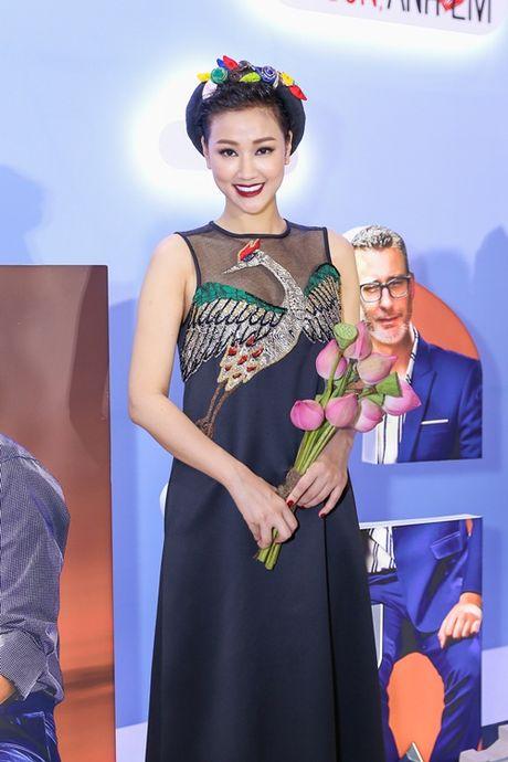 Ngoc Trinh cung dan my nhan Viet hoa than thanh quy co Sai Gon xua - Anh 6