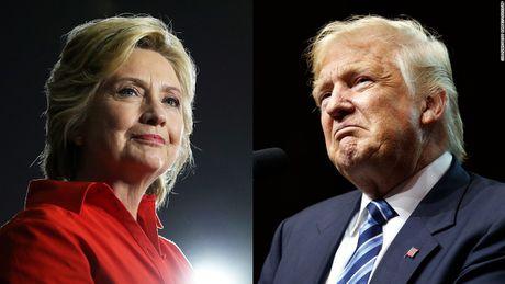 Donald Trump 'lep ve' Hillary Clinton truoc vong tranh luan thu hai - Anh 1