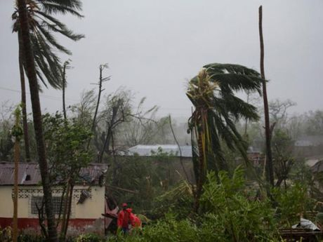 Bao Matthew can quet Haiti, Cuba, dang huong vao My - Anh 1