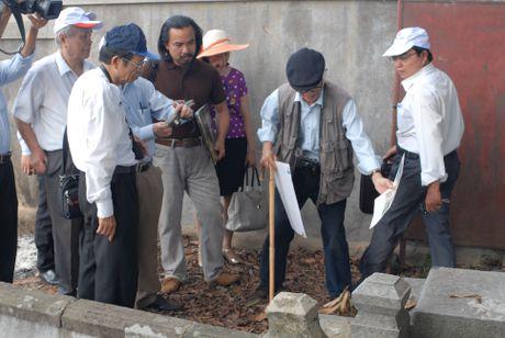 Cho phep tham do khu vuc nghi co dau tich lang mo vua Quang Trung - Anh 1
