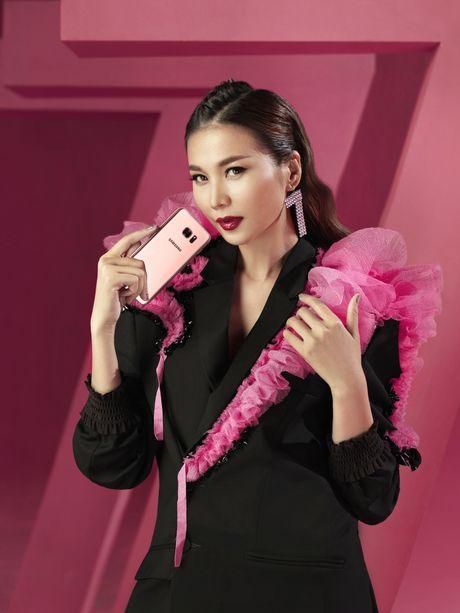Thanh Hang bien hoa voi sac hong - Anh 2