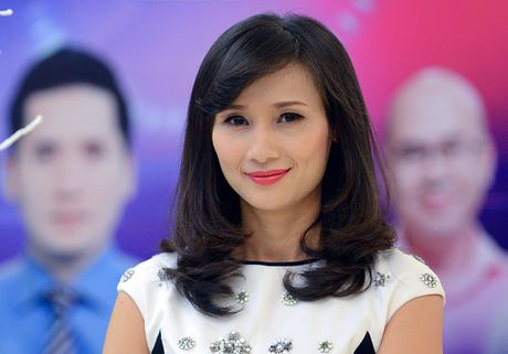 Nha bao Le Binh thoi chuc giam doc VTV24 - Anh 1
