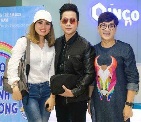 Dam Vinh Hung di su kien sau live show 12 ty dong - Anh 3