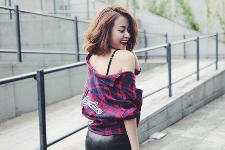 Hoc Hoang Thuy Linh va Thanh Hang mix do cho mua Thu - Anh 1