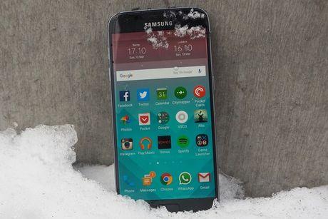 Google Pixel lieu co hon Samsung Galaxy S7? - Anh 2
